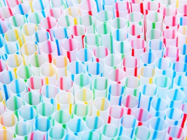 straws-902268538